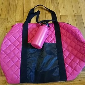 ❤Hot pink & black quilted gym bag